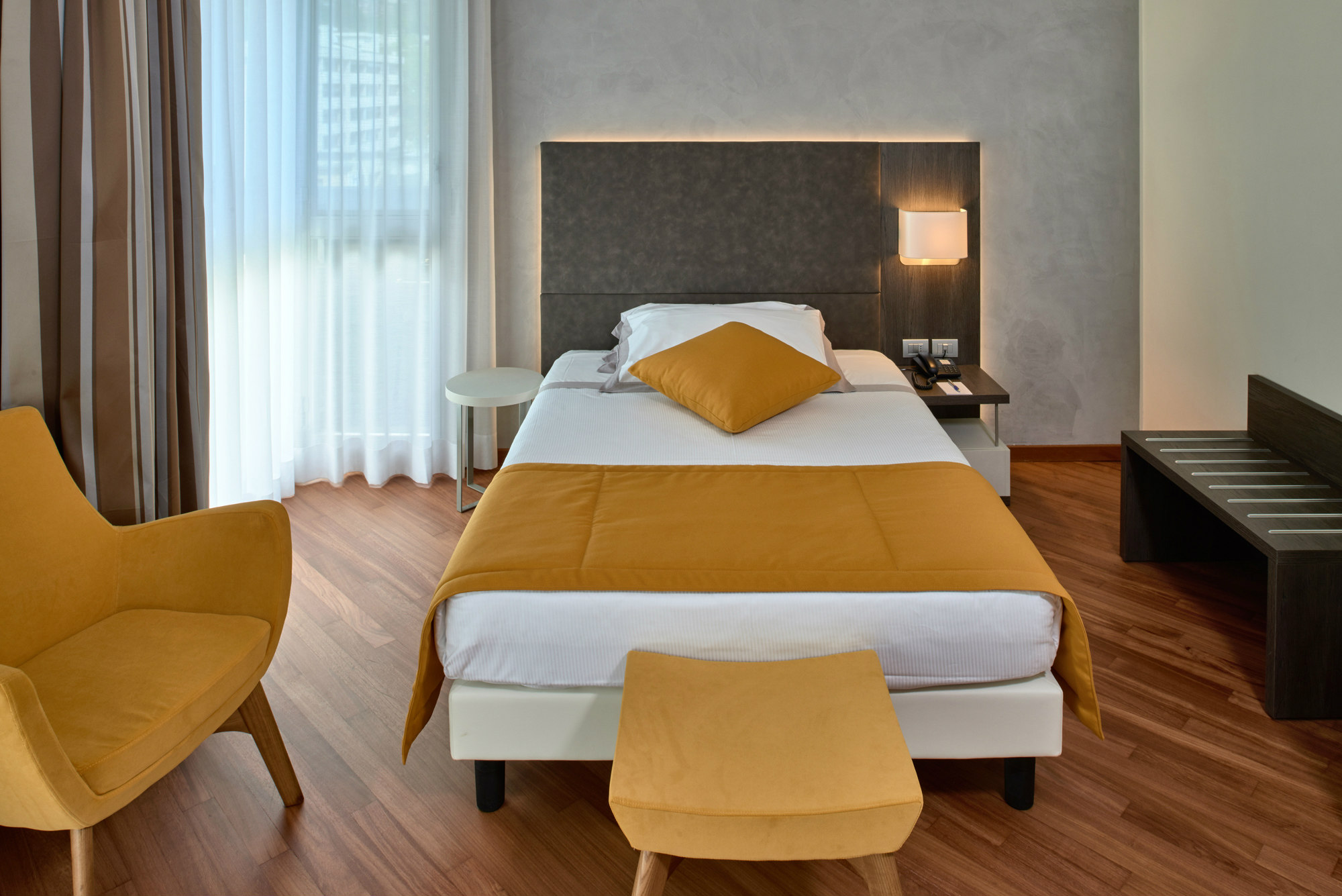 Double Room With Queen Bed Hotel Como 4 Stars Hotel